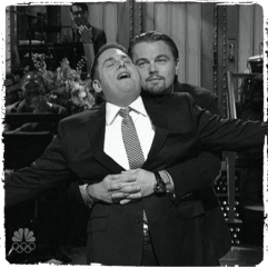 leonardo-dicaprio-and-jonah-hill-recreate-iconic-titanic-flying-moment-saturday-night-live-wolf-of-wall-street-handbagcom_Fotor