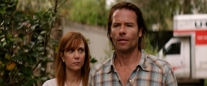 guy-pearce-and-kristen-wiig-in-hateship-loveship