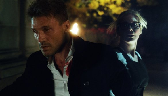 Frank Grillo and Elizabeth Mitchell in The Purge - Election Year