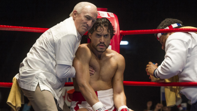 hands-of-stone-3