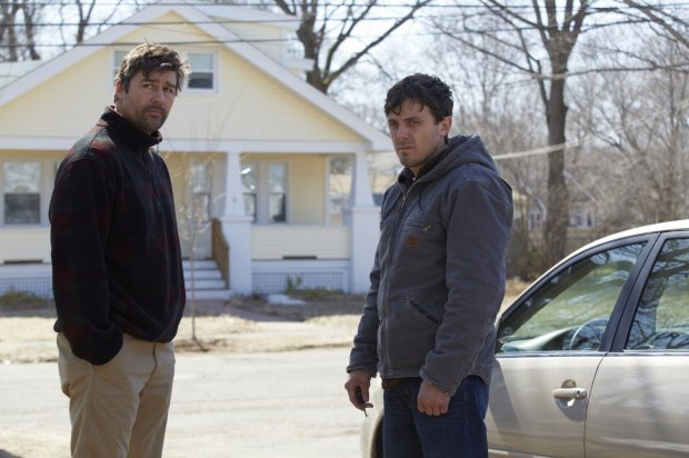casey-affleck-and-kyle-chandler-in-manchester-by-the-sea